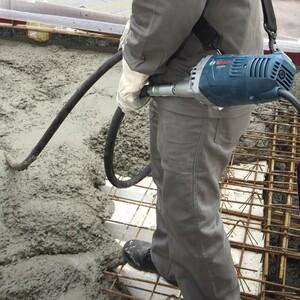 Vibrador de Concreto 2200W com Mangote 3,5 Metros GVC 22EX 220V BOSCH